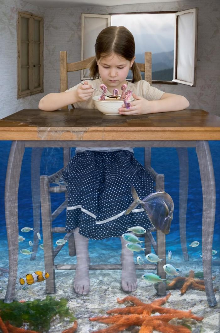 Crédit de l'œuvre : © Rondeau, Catherine, Mange ta soupe, photomontage, tirage  à jet d'encre, 2011.
